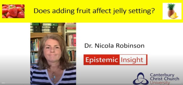 Does adding fruit affect the jelly setting?